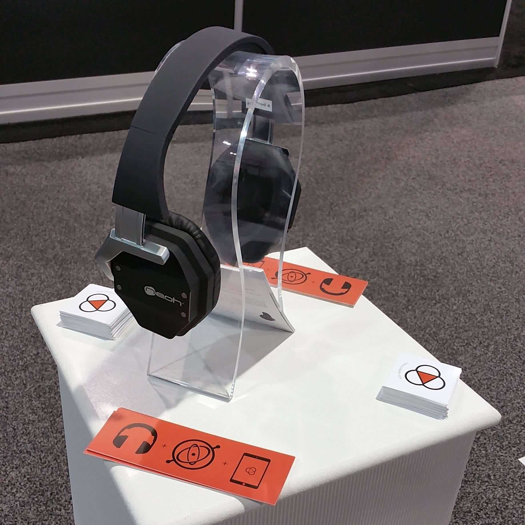 CES 2015 Detour: 3D Audio Headphones With Fraunhofer And